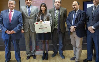 Caballero & Fuentes Abogados entrega el premio de su certamen a Anlú María Manzano